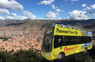 bus panoramico cusco